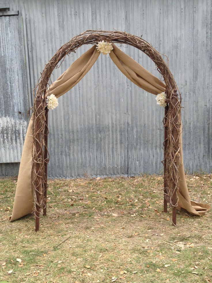 Burlap wedding arch wedding awesomeness pinterest for Arch decoration supplies