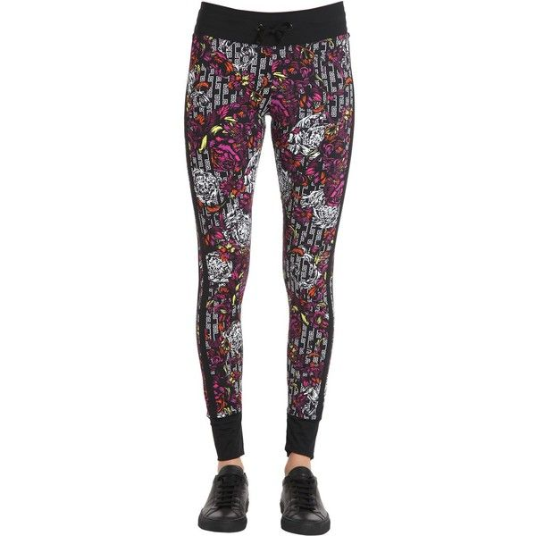 Versace Underwear Women Baroque Print Lycra Leggings ($298) ❤ liked on Polyvore featuring pants, leggings, versace, legging pants, side stripe pants, lycra leggings and elastic waist pants