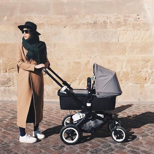 @yileiwang and her little one take a stroll in Cordoba, Spain. We hope you enjoyed your adventures with the grey melange Bugaboo Buffalo #bugaboo #bugaboobuffalo