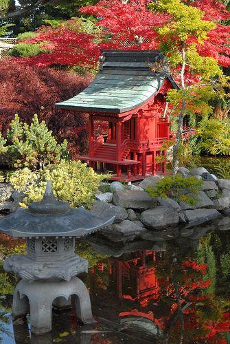 Japanese Garden, Point Defiance Park, Tacoma WA by SeattleJack, via Flickr