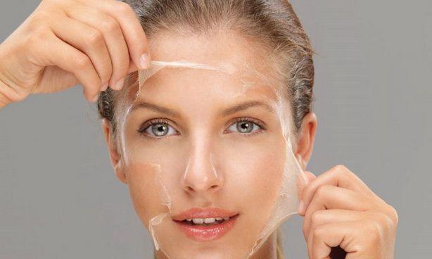 Маски для лица являются самым популярным и любимым предметом для красоты. Регулярное и правильное применение этого средства делает кожу сияющей и здоровой, а правильно подобранная маска, в соответствии с вашим типом кожи, поможет в решении проблем. http://estportal.com/nuzhny-li-maski-dlya-lica/  #EstPortal #эстетическийПортал #косметология #лицо #маски