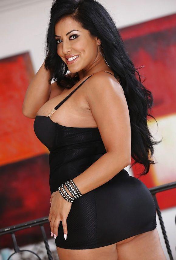 Samantha 995 busty