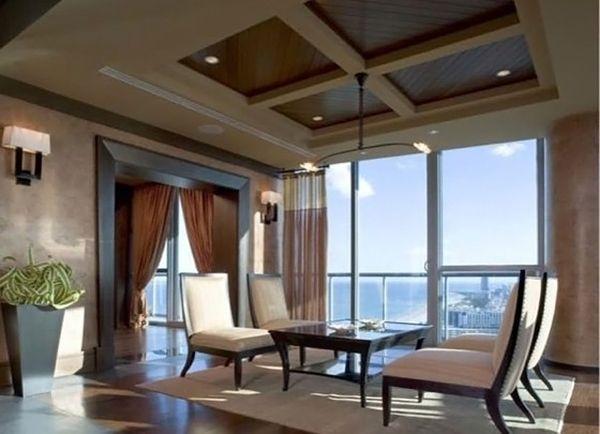 Bun venit in cel mai scump apartament din Miami!