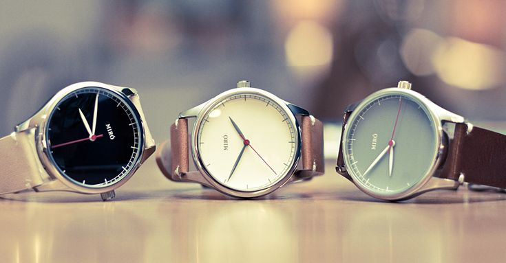 I looooooove minimalistic watch faces. CH