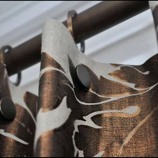 A customer kindly sent us a pic of our brushed bronze pole and no sew snap rivets   #5secondcurtains #walcothouse #bronze #curtainpoles #curtainmaker #curtainheading #quickcurtains