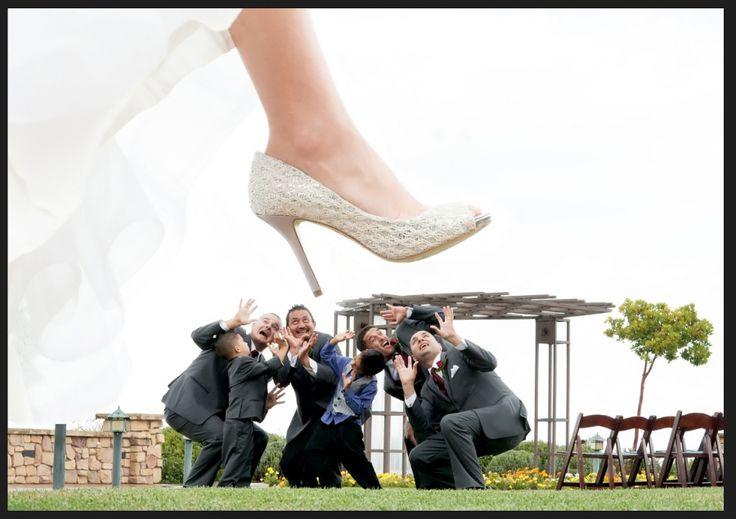 Funny groomsmen photo, #funnygroomsmenphoto, #funnyweddingphotos, Bride stepping on groomsmen photo, © Stephanie Secrest artistic wedding photography