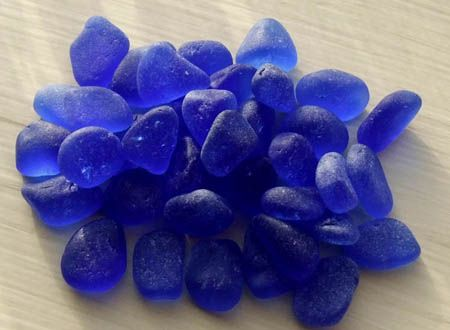 Cobalt sea glass from the Pacific Northwest. Look, Julie Poolie!