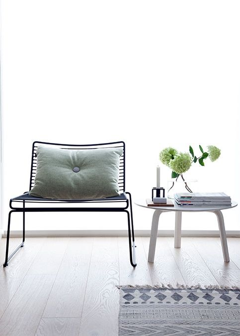 Via NordicDays.nl | HAY Hee Chair | Dot Cushion | Bella Table
