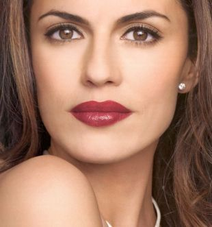Makeup For Women Over 40 Darker Lips Work Even After Find The Color That Works Best You