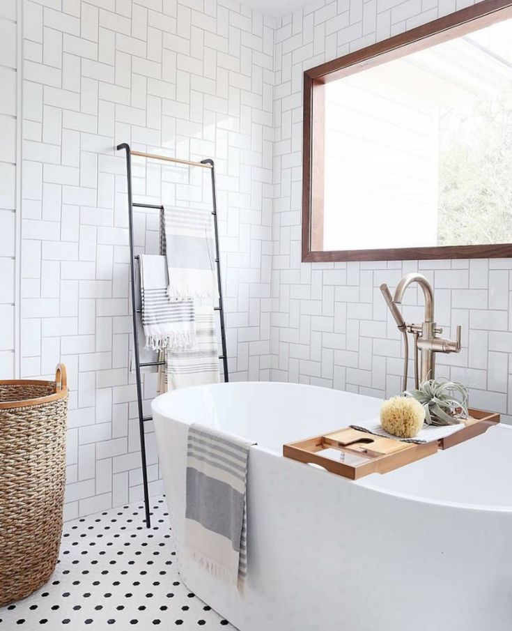 How to Turn Your Bathroom Into a Spa - repinned by www.youngandmerri.com