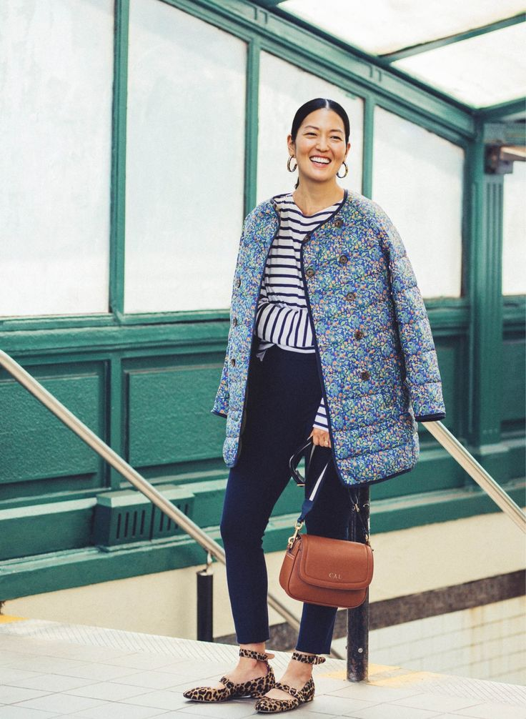 We asked three J.Crew stylists to show us how they're wearing—and what's inside—their Italian leather Signet flap bags. Read more on jcrew.com/blog