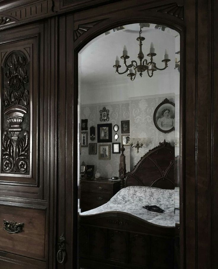 Dark Victorian Bedroom 1108 best † home sweet hell † images on pinterest