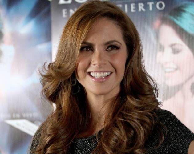 Tras escándalo, retiran imagen de Lucero de una marca de shampoo