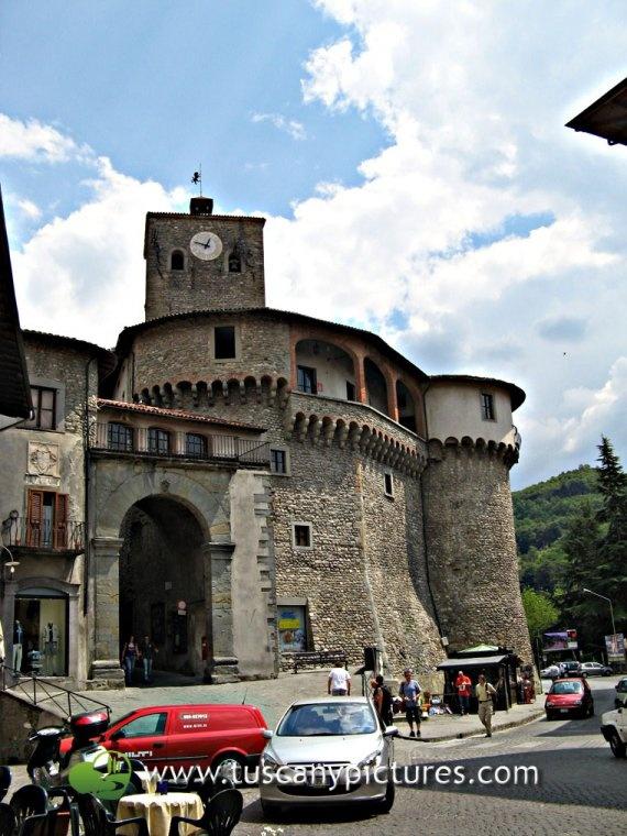 Rocca Ariostesca, the fortress