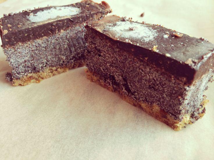 Makový koláč RAW