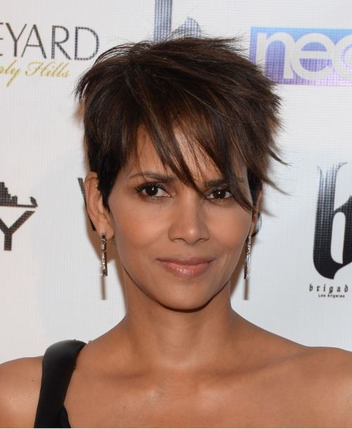 Halle Berry African American short hairstyle
