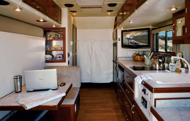 Ultimate semi truck sleepers interiors for Semi truck sleeper cab interior
