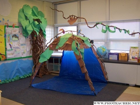 Pre K Possibilities Clroom Organization Jungle Safari Reading Hut Lots Of Theme Ideas Room For Pinterest