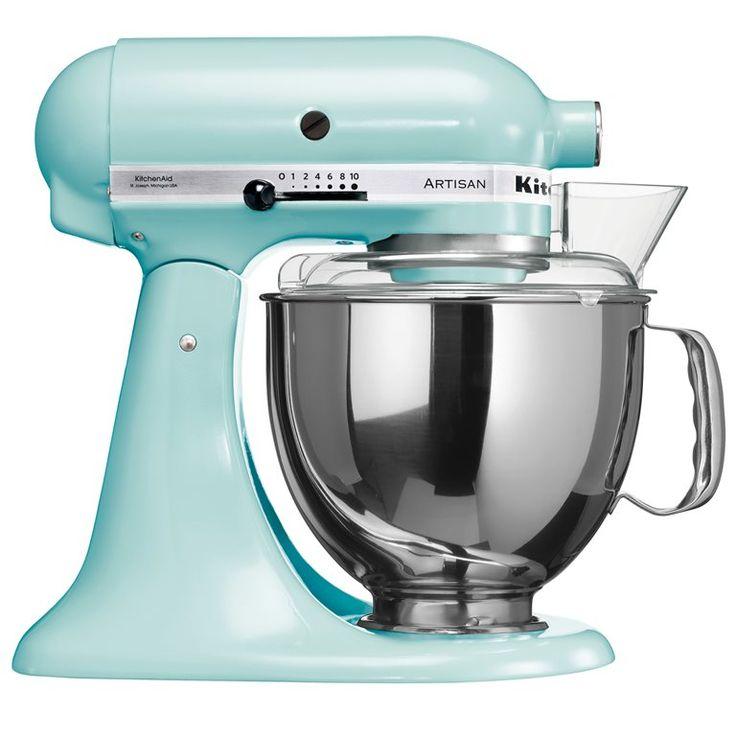 Altijd al een persoonlijke sous-chef gewild? De KitchenAid Artisan Mixer 4,8 L is een ontzettend solide alleskunner die ook nog eens super gemakkelijk in het gebruik is. Deze keukenhulp voert zowel de fijne als krachtige taken met verve uit!