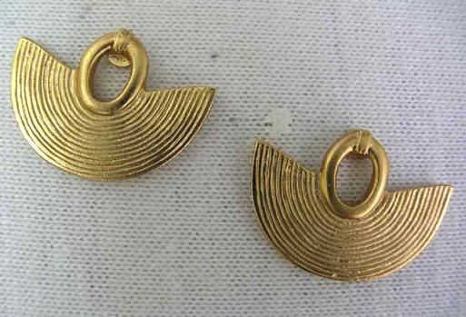 PRE-COLUMBIAN EARRINGS