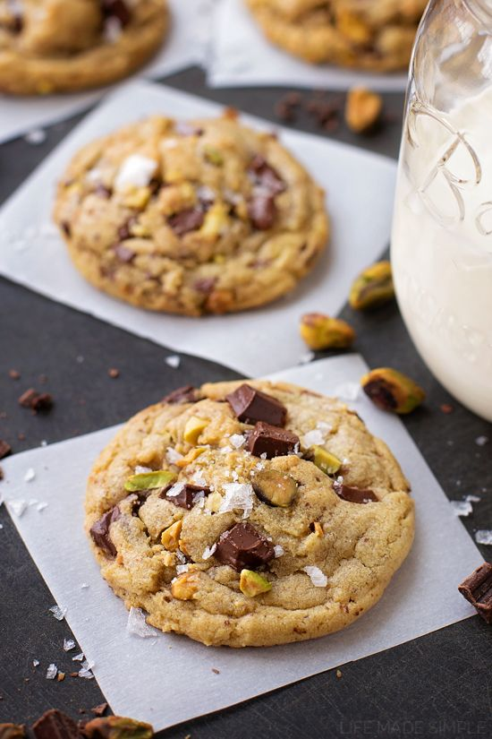 Crisp, chewy dark chocolate chunk pistachio cookies packed with vanilla bean, browned butter and topped with flecks of sea salt. Basically the best cookies ever!