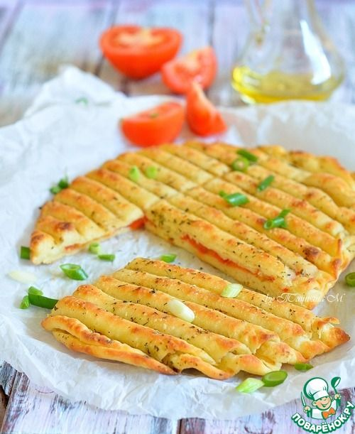 Гриль-лепешки с помидорами и чесноком - кулинарный рецепт