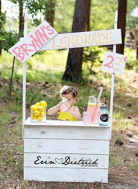 Lemonade Stand Prop