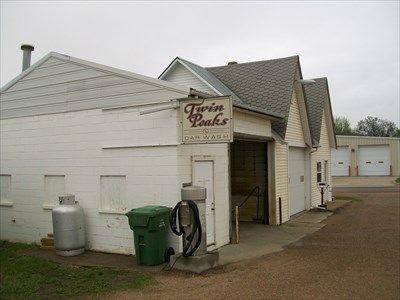 Twin Peaks Car Wash, Emery, South Dakota - Coin Operated Self Service Car  Washes on Waymarking.com