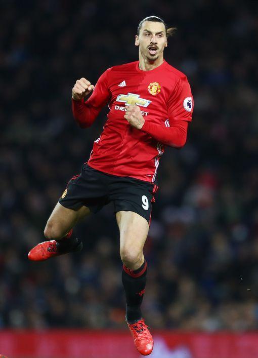 Manchester United news and transfer rumours LIVE Victor Lindelof interest, Henrikh Mkhitaryan latest and Sunderland build up - Manchester Evening News