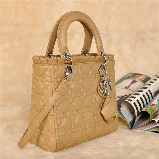 Christian Dior Quilted Lady Top Handle Bag With Apricot Sheepskin Leather 3087/DIYGNIJA