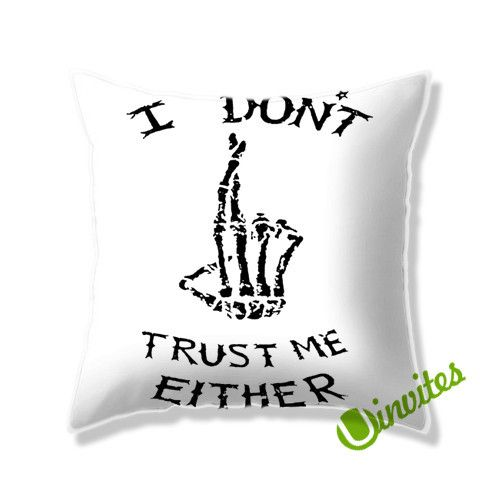 5SOS i dont trust me Square Pillow Cover