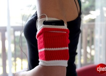 An old tube sock as a workout armband? Get the steps to make this supereasy (and very comfy!) accessory that stores your phone while you sweat it out. Read this blog post by Sharon Vaknin on How To. via @CNETFit, Ideas, Arm Band, Workout Gear, Tube Socks, Workout Armband, Work Out, Diy, Crafts