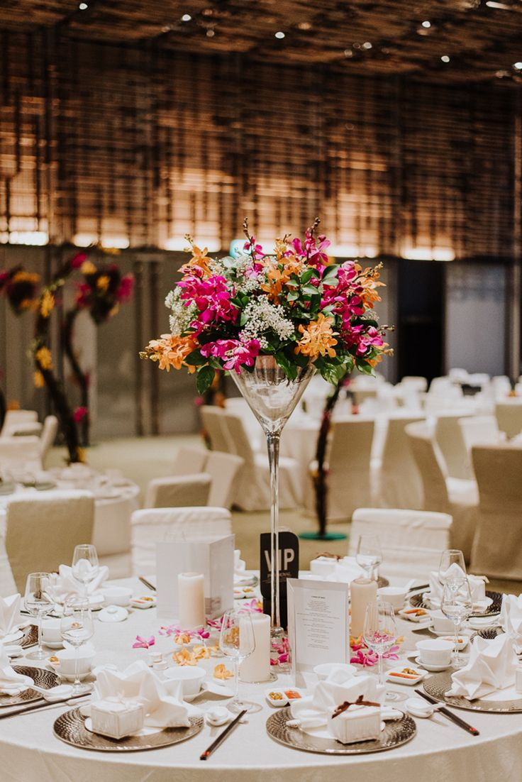 603 best singapore wedding venues images on pinterest flower eujin and yingyings pop art themed singapore wedding at parkroyal on pickering junglespirit Image collections