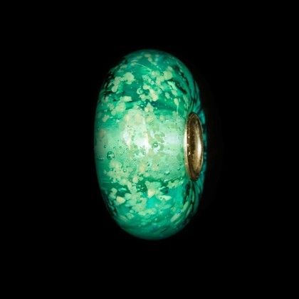 Sea Glow - http://www.trollbeads.com/south-africa/en-za/products/new%20products/62037(base_usd)