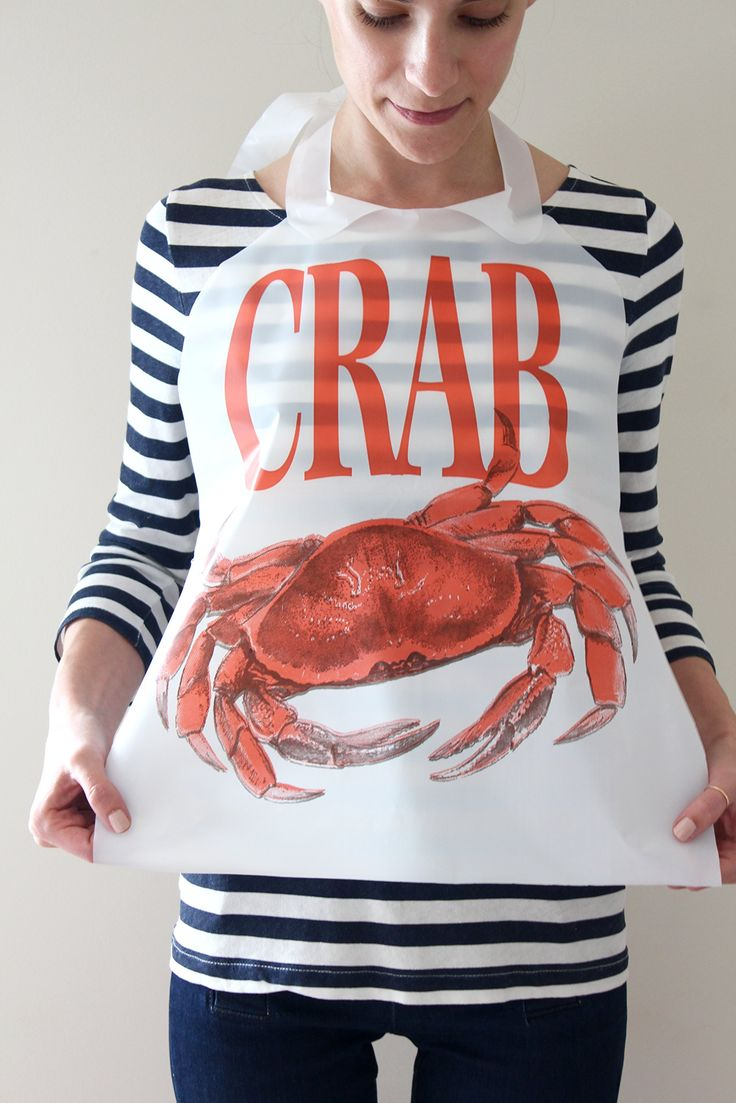 Amazon.com: Disposable Crab Bibs 25 Pack Plastic Free ...