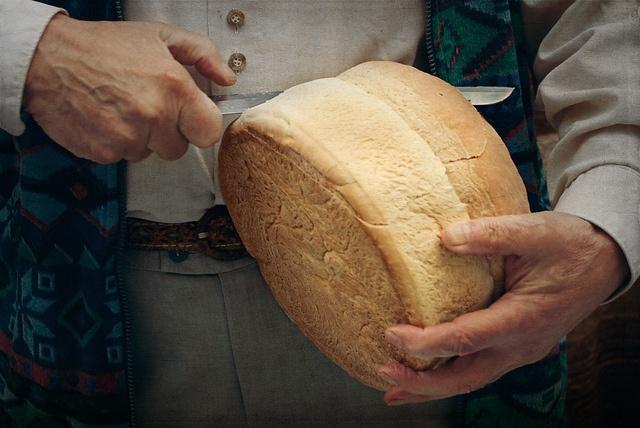 Slicing the bread by steppeland, via Flickr