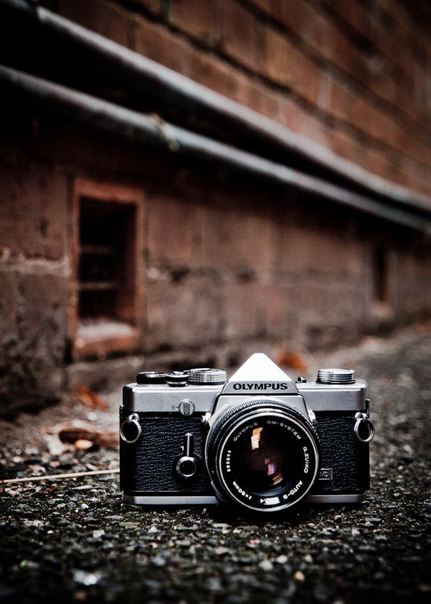 Olympus OM1. My first 35mm. Love that camera. It went to several countries and…