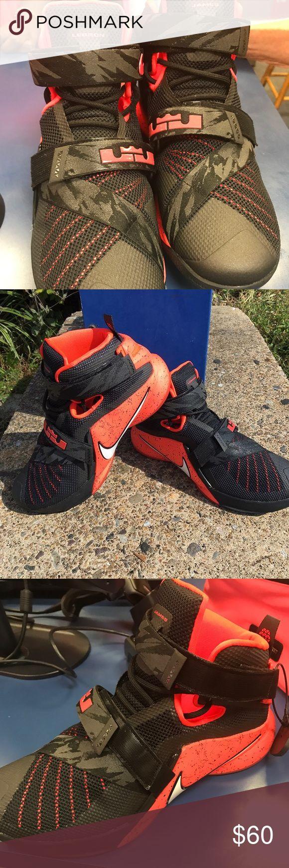 Mens lebron James sneakers Excellent condition size 10 lebron james Shoes Sneakers