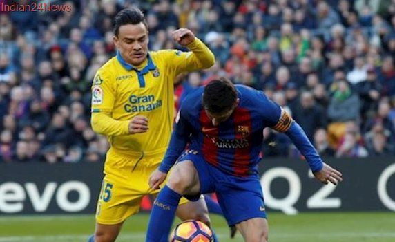 Swansea City sign Las Palmas midfielder Roque Mesa for 11 million pounds in four-year deal