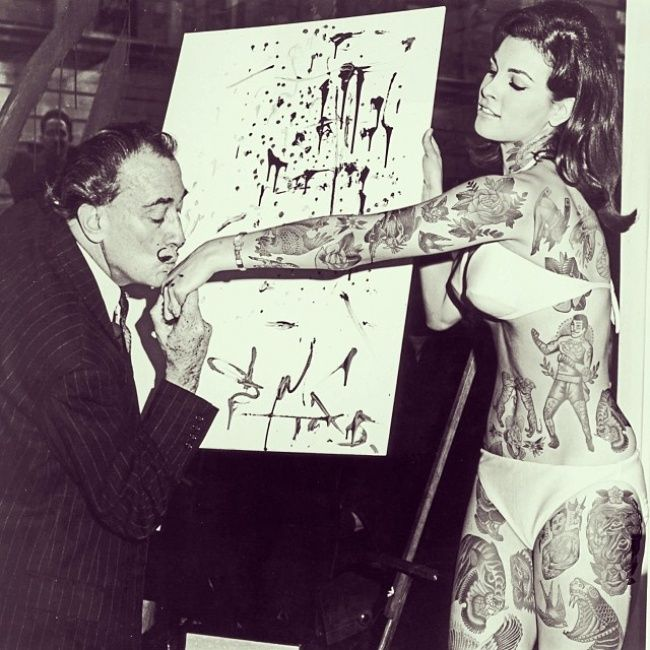 Raquel Welch & Salvador Dali. He did an hallucinogenic painting of her (for a movie) in NYC 1965. She's 73 now & still pretty 3/14 #tattoo
