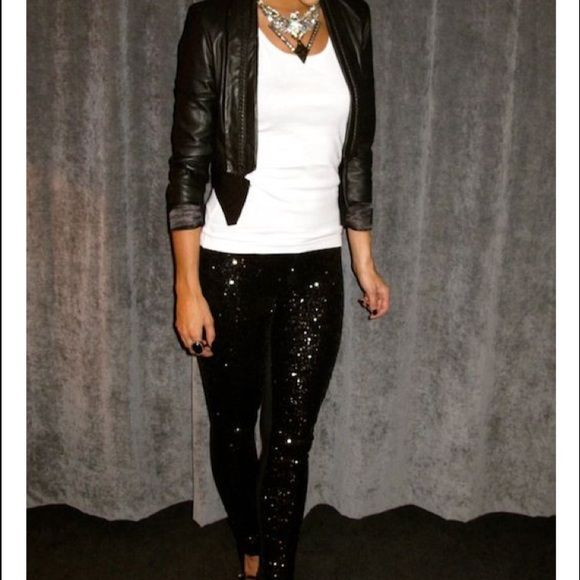 Black sequin jeans These are stunning!! These are a pair of jeggings style, sequined jeans in black from Grane.. The sequins are only on the front.. Back is solid black with pockets.. These are everything!! You will love these.. Great condition Grane Jeans Skinny