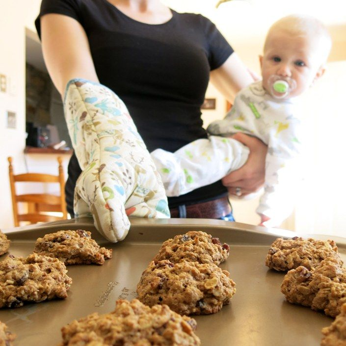 """""""These are my go-to recipes for increasing and maintaining a healthy and abundant supply of breast milk. I snack on these recipes when: •I experience increased stress, •I notice my son going through a growth spurt •If I want to pump a little extra milk to have on hand"""""""