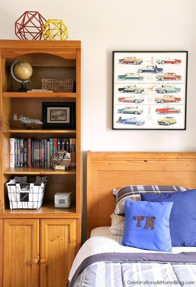 Tips For Decorating A Tween Boys Bedroom See How I Decorated My Son S Bedroom So It Reflects His Personality An Tween Boy Bedroom Boy S Bedroom Boys Bedrooms