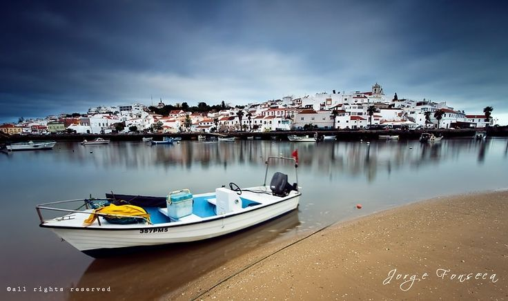 Traditional Village - Fishing village located in Ferragudo - Algarve - Portugal, features, culture and great cuisine, is a symbol for those who visit the Algarve ...