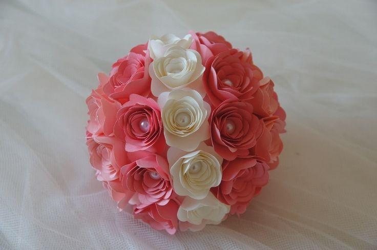 Sfera++Rose+di+Carta+con+Perle++-+Diam+14+Cm+di+PaperLoveFantasy+su+DaWanda.com