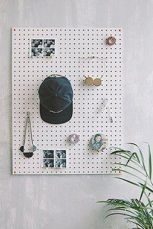 1000 id es sur le th me panneaux perfor s sur pinterest affichage de panneau perfor. Black Bedroom Furniture Sets. Home Design Ideas