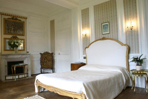 Limousin (25min from Limoges airport)  Chateau Ribagnac (Chambre d'hotes) www.chateauribagnac.com