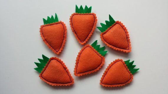 Kitty Carrots Hand-Stitched Catnip Toys by LuckyfootDesigns