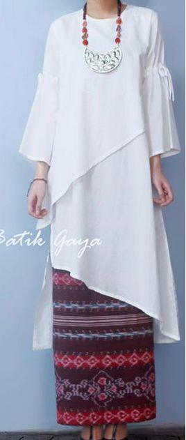 Baju Kurung : tunik putih kece