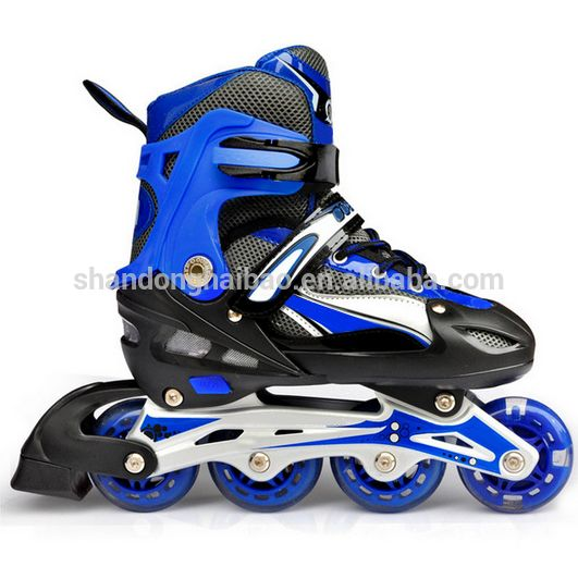 Adult adjustable roller skates